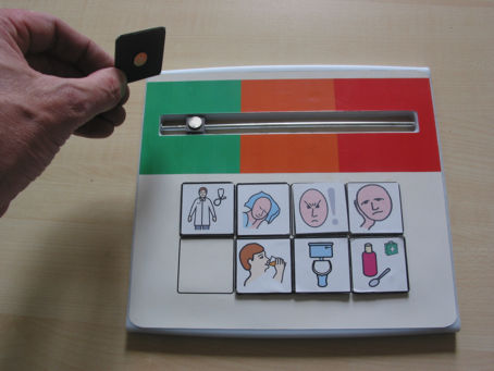 magnetic tabs from Widgit on the Whatz-it pain indicator
